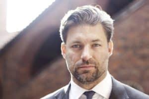 Simon Elvnäs profilbild